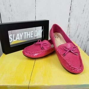 Isaac Mizrahi Live Pink Moccasin Loafers Sz 8.5W